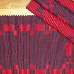 414-Sets_de_table_Noir-marine-rouge